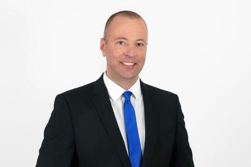 Peter Overzier, Rechtsanwalt